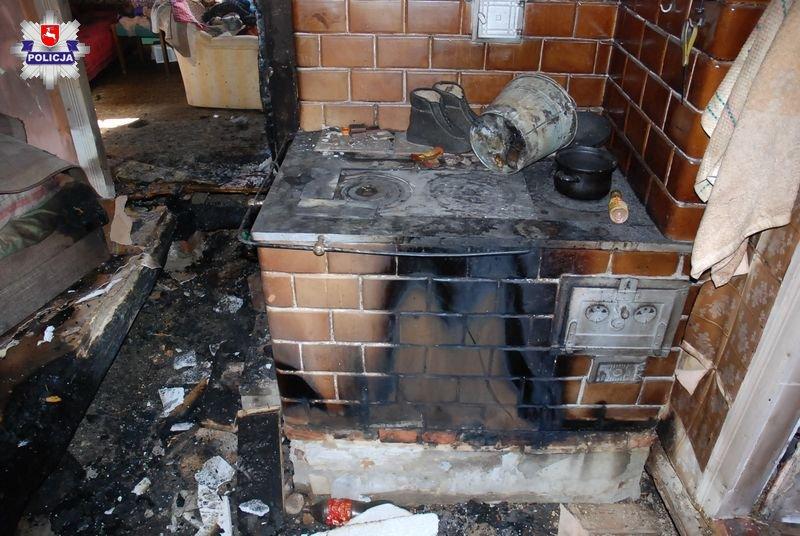68 144381 91- latka spłonęła w pożarze domu
