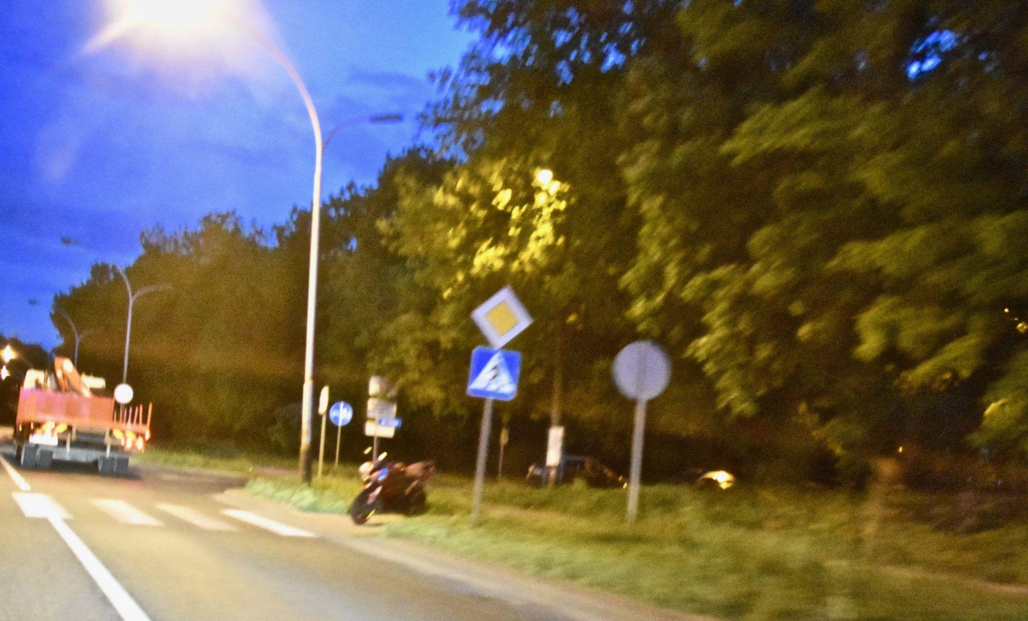 dsc 8891 Zamość: Wypadek motocykla. 19-letnia pasażerka jednośladu trafiła do szpitala (zdjęcia)