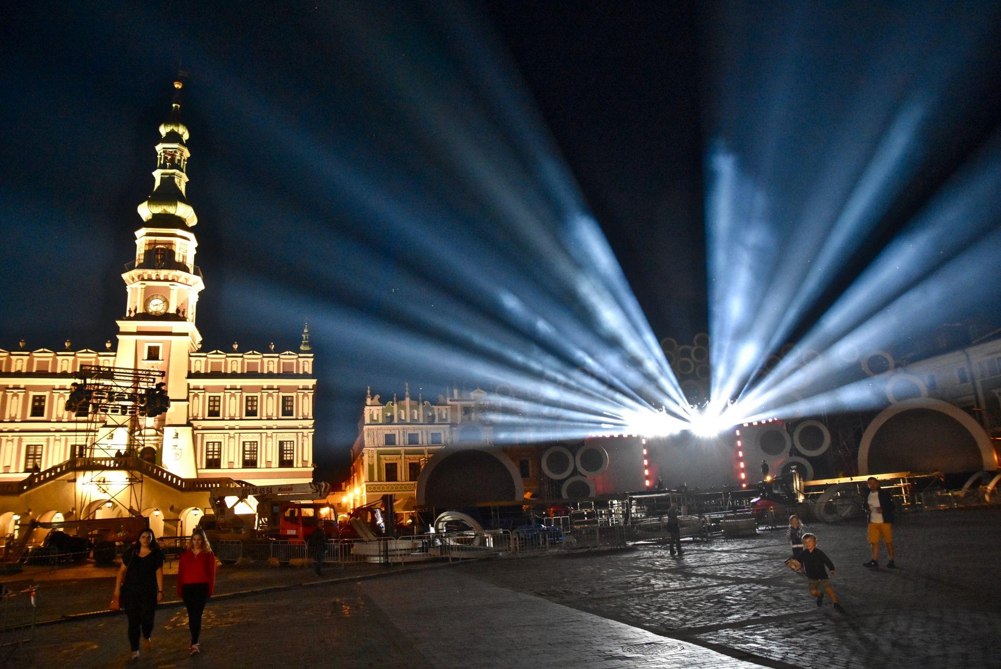 dsc 3014 Kolorowo na Rynku Wielkim - trwają próby oświetleniowe (zdjęcia)