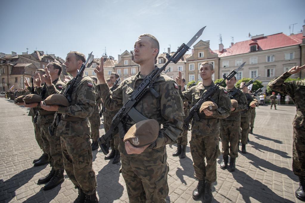 2lbot przysiega 2. Lubelska Brygada Obrony Terytorialnej otrzyma sztandar z rąk Prezydenta Dudy