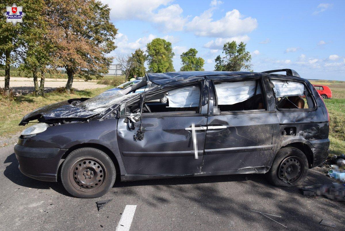 68 154692 Wypadek z udziałem trzech aut