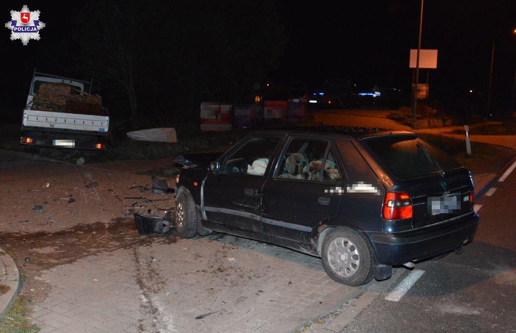68 155461 Zderzenie ciężarówki ze skodą (zdjęcia)