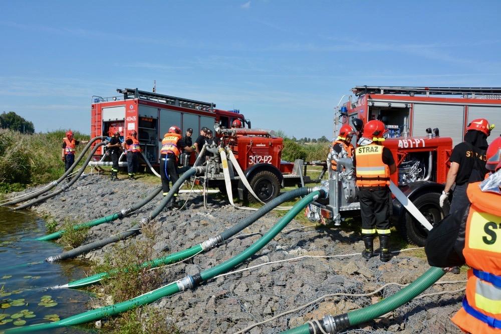 dsc 0070 Strażacy szkolili się w Nieliszu