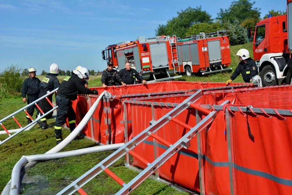 dsc 0081 Strażacy szkolili się w Nieliszu