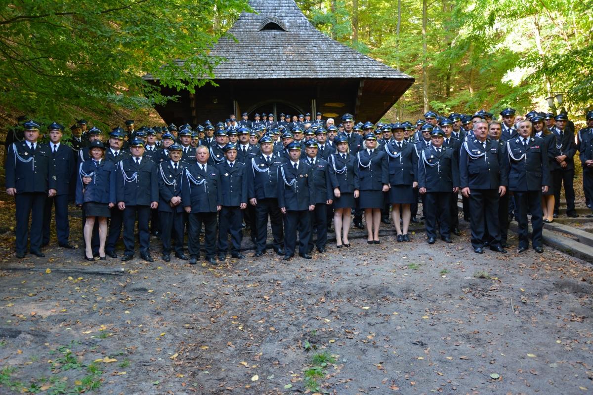 dsc 0116 Strażacy z Zamojszczyzny pielgrzymowali do Krasnobrodu [ZDJĘCIA]