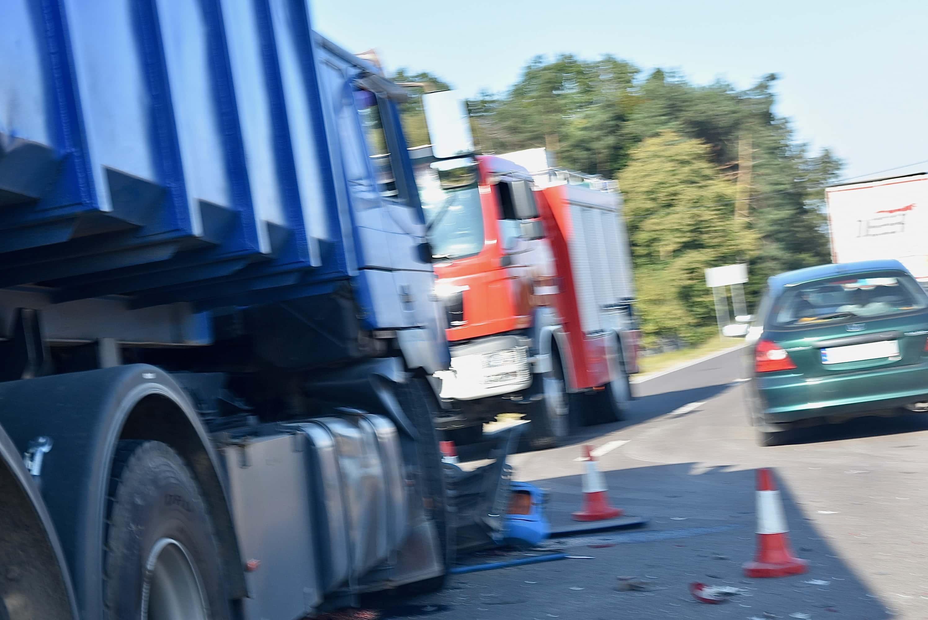 dsc 7058 Z ostatniej chwili. Zderzenie dwóch ciężarówek (zdjęcia)