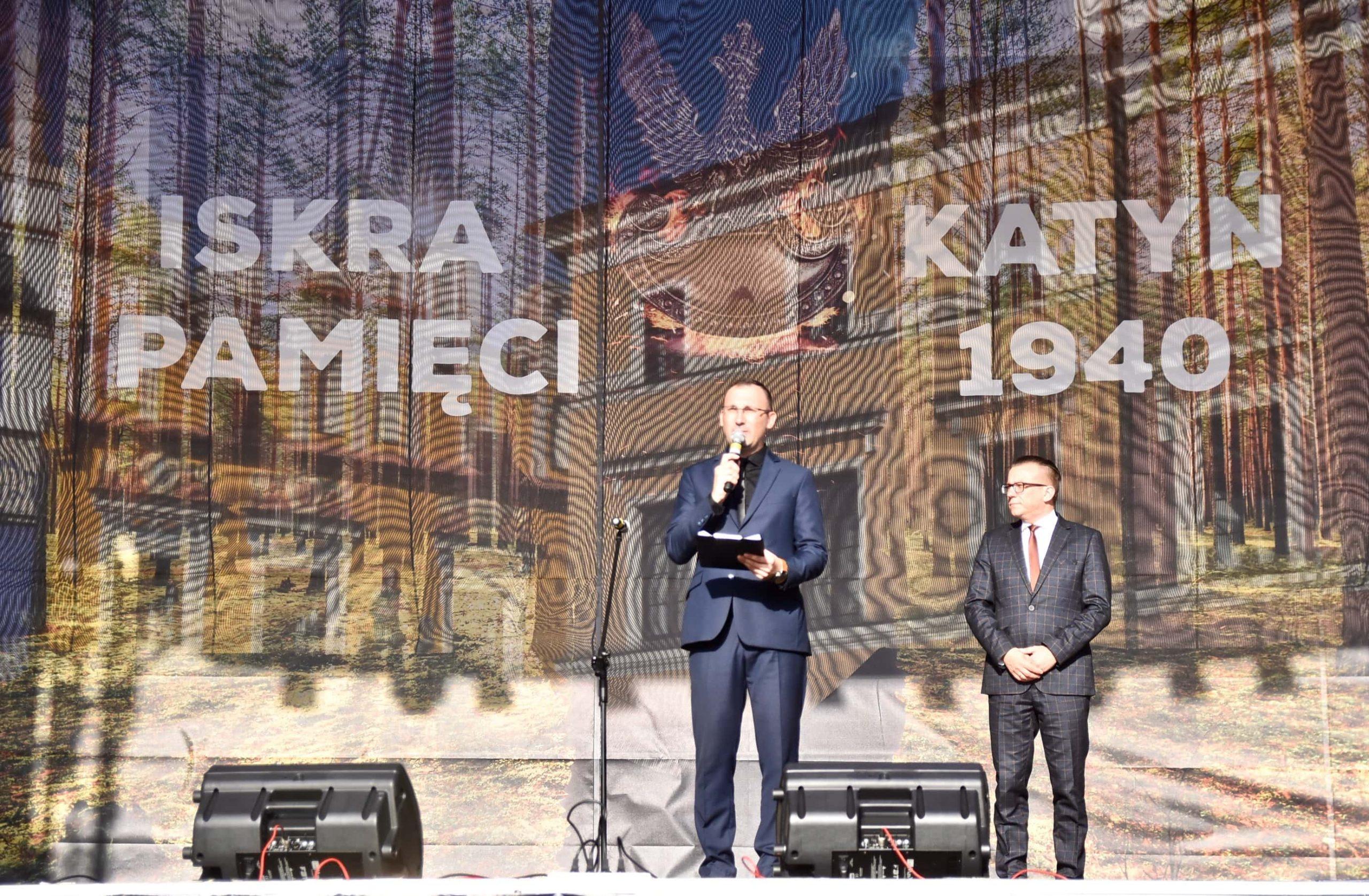 dsc 7140 scaled Tyle zniczy ilu zamordowanych w Katyniu (dużo zdjęć)