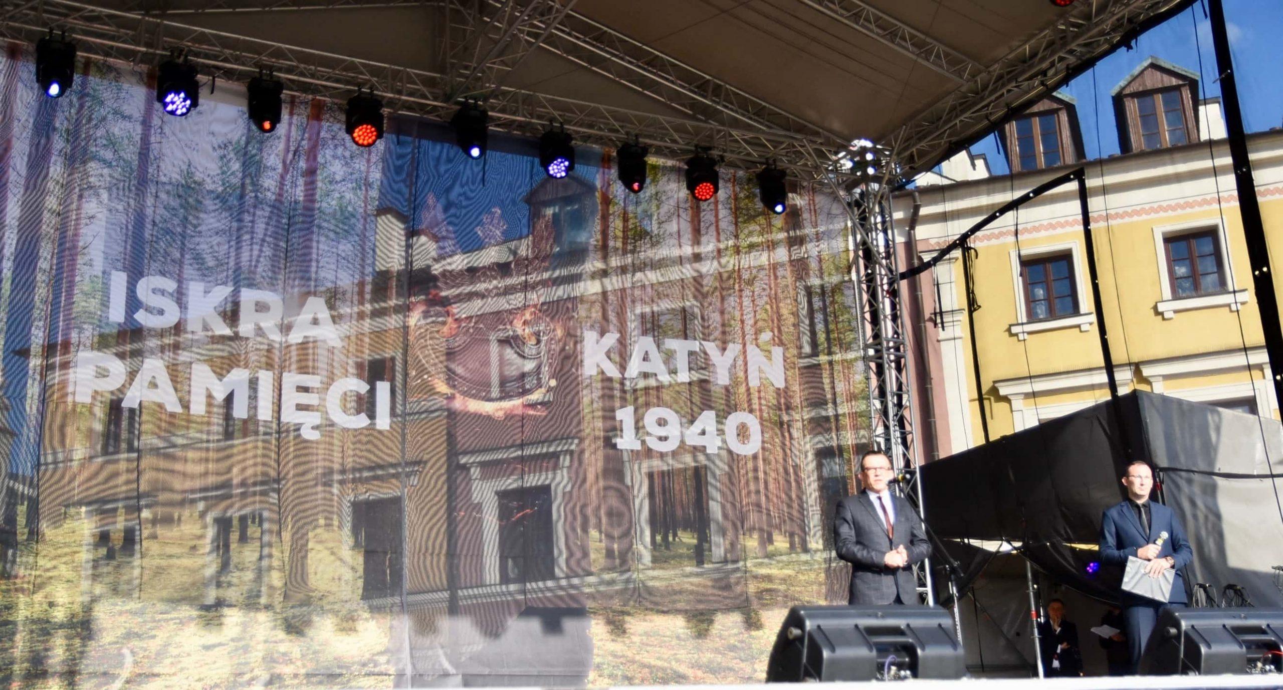 dsc 7144 scaled Tyle zniczy ilu zamordowanych w Katyniu (dużo zdjęć)
