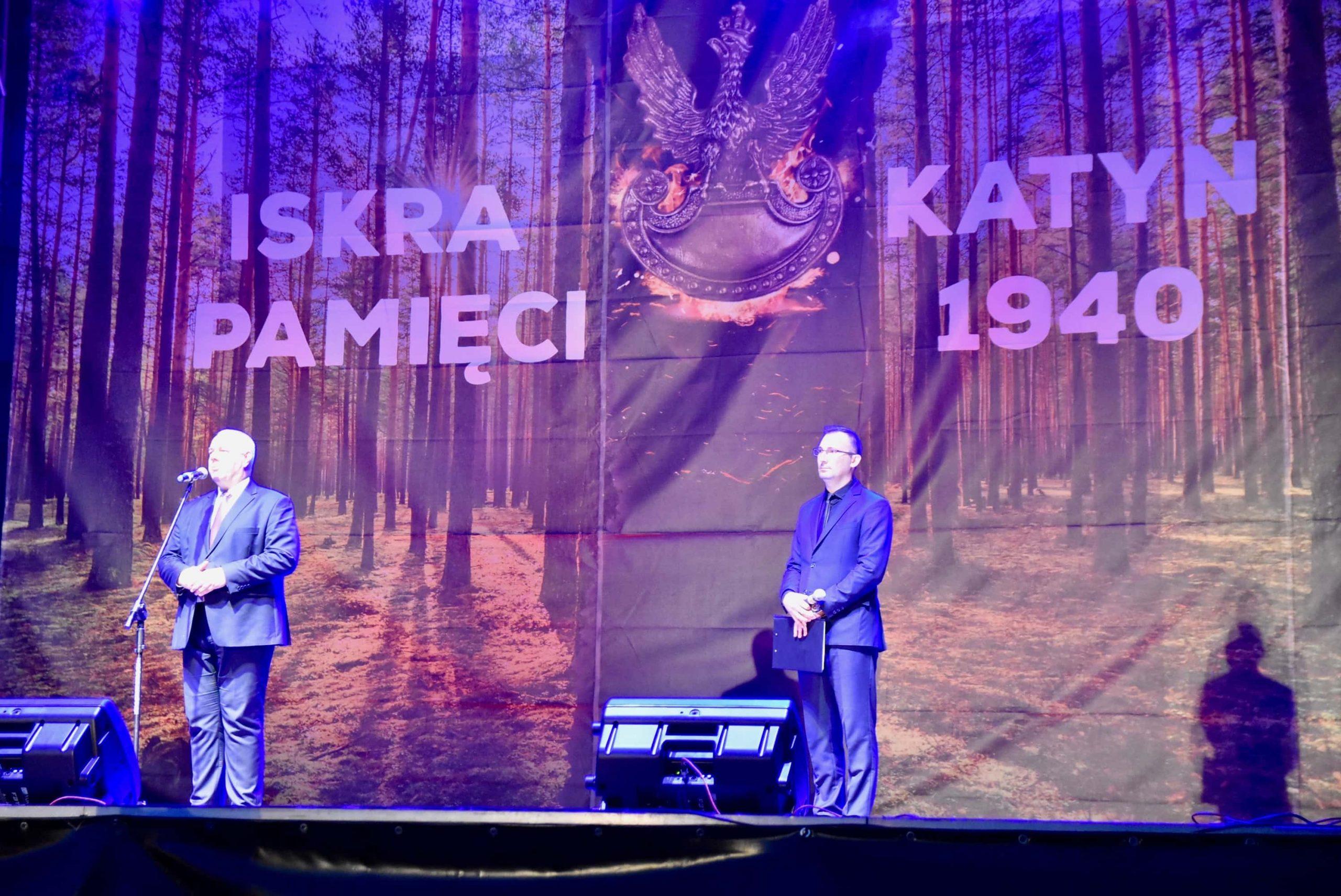 dsc 7592 scaled Tyle zniczy ilu zamordowanych w Katyniu (dużo zdjęć)