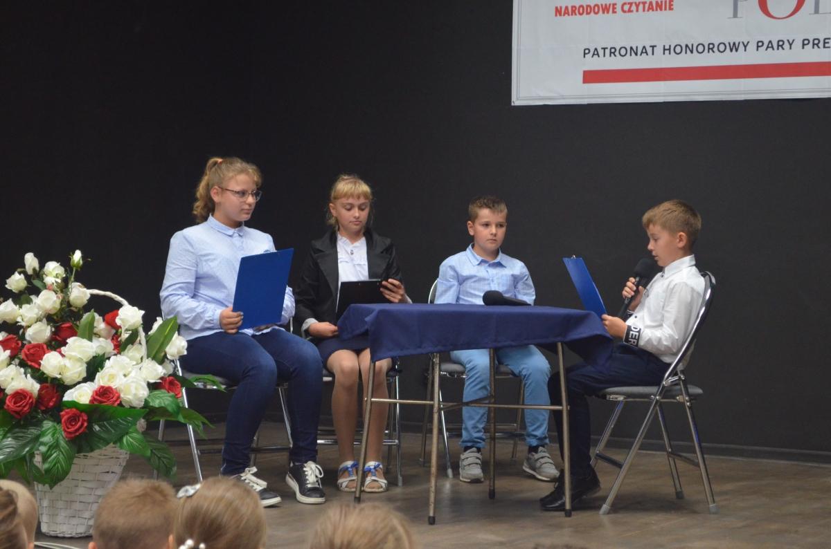 narodowe czytanie 2 Narodowe Czytanie 2019 w gminie Sułów