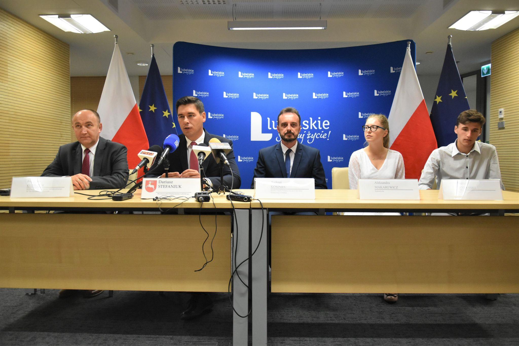 stypendysci 1 Stypendia dla uzdolnionej młodzieży z woj. lubelskiego. Trwa nabór wniosków