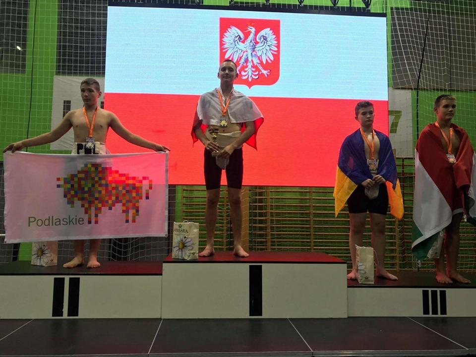 70953729 10211618327693729 2940677984886980608 n Zawodnicy Agrosu przywieźli z Węgier trzy medale!
