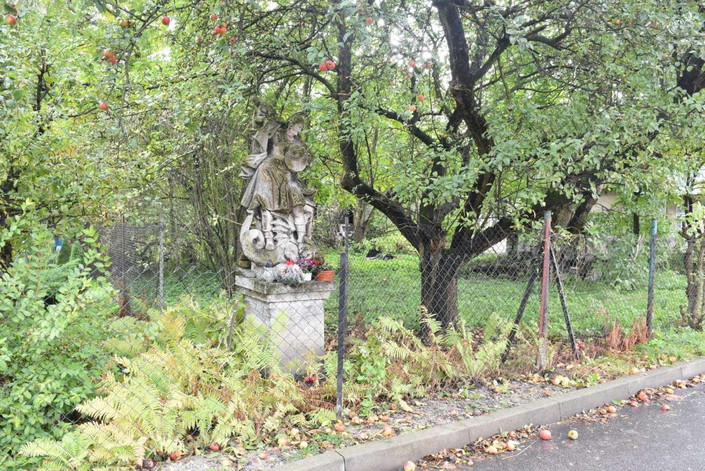dsc 6024 Zamość: Zabytkowa rzeźba odzyska dawną świetność