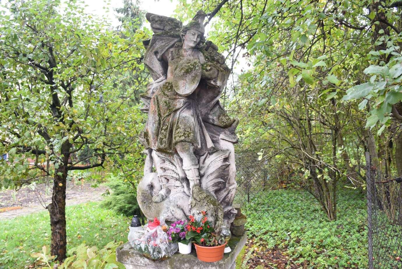 dsc 6027 Zamość: Zabytkowa rzeźba odzyska dawną świetność