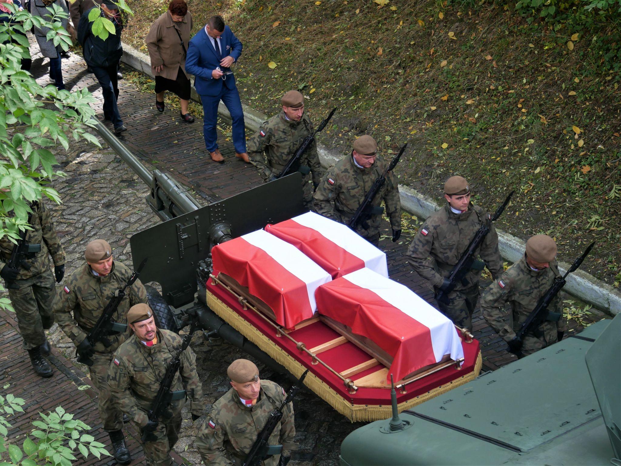 p1130603 Piękne pożegnanie trzech odnalezionych żołnierzy II Inspektoratu Zamojskiego AK [FOTORELACJA]