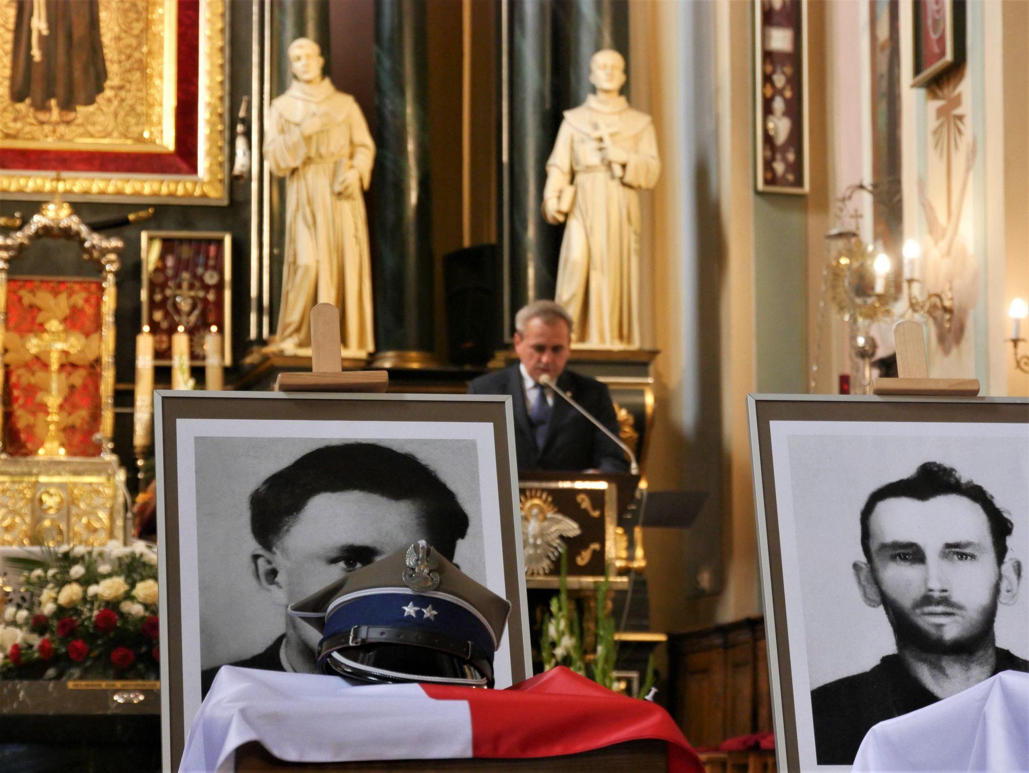 p1130703 Piękne pożegnanie trzech odnalezionych żołnierzy II Inspektoratu Zamojskiego AK [FOTORELACJA]