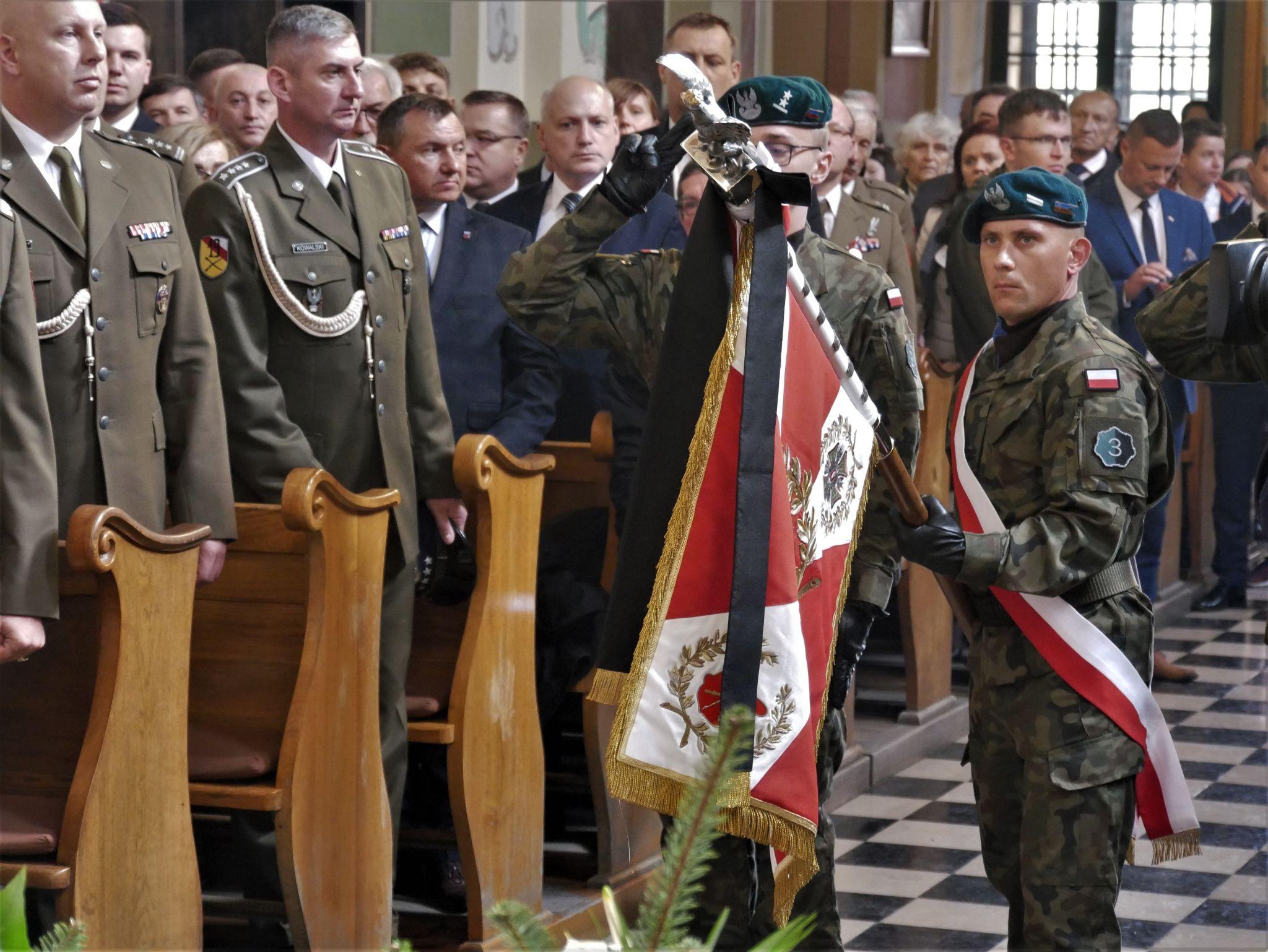 p1130713 Piękne pożegnanie trzech odnalezionych żołnierzy II Inspektoratu Zamojskiego AK [FOTORELACJA]