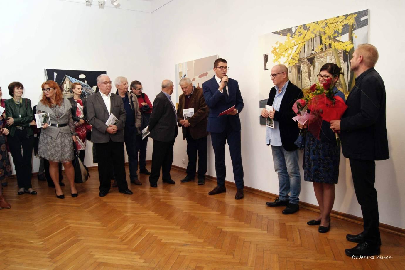 piotr tymochowicz bwa galeria zamojska fot janusz zimon 18 Zamość: Wernisaż wystawy Piotra Tymochowicza