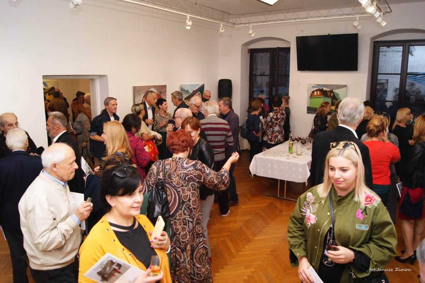 piotr tymochowicz bwa galeria zamojska fot janusz zimon 21 1 Zamość: Wernisaż wystawy Piotra Tymochowicza