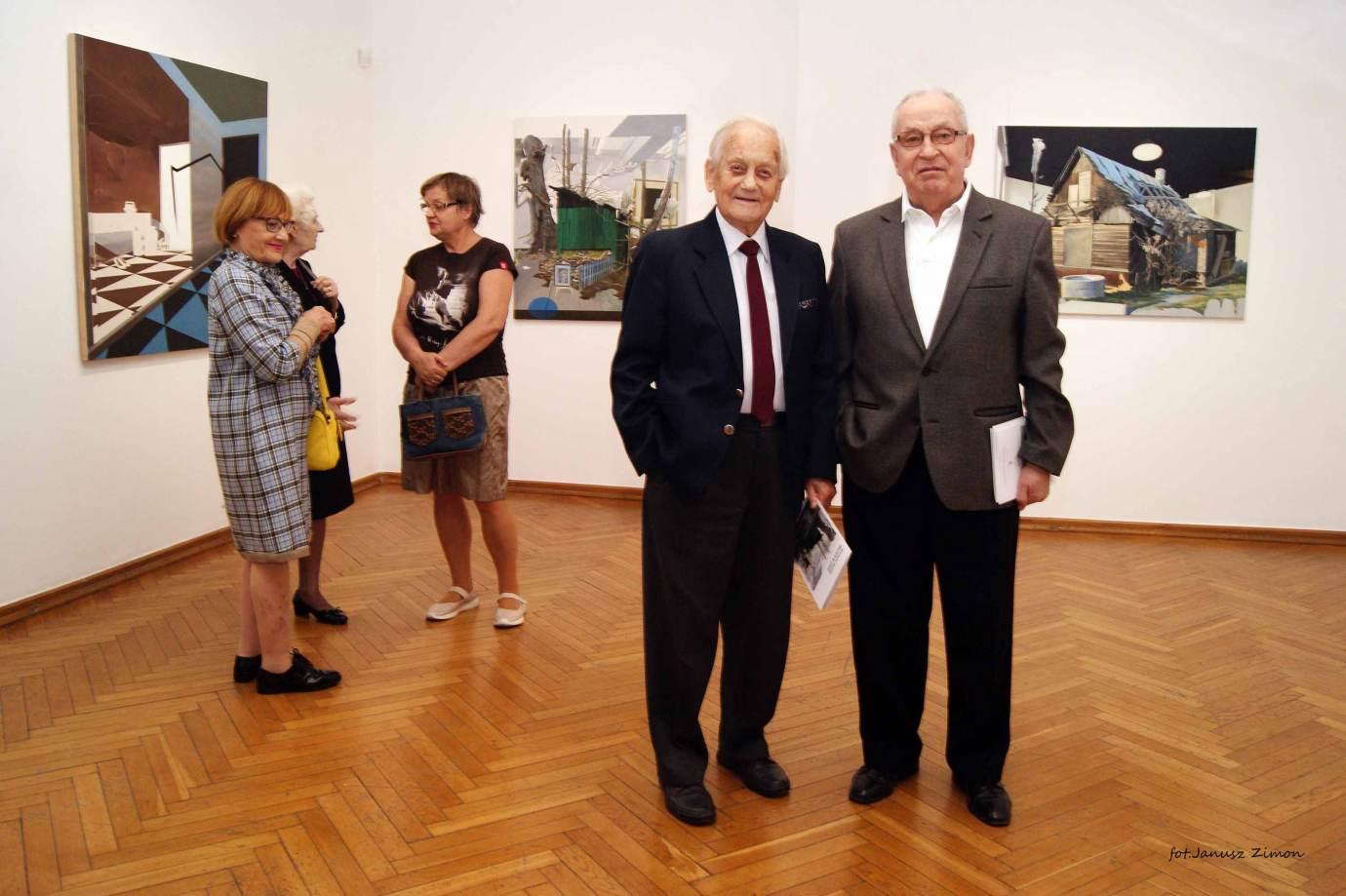 piotr tymochowicz bwa galeria zamojska fot janusz zimon 29 Zamość: Wernisaż wystawy Piotra Tymochowicza