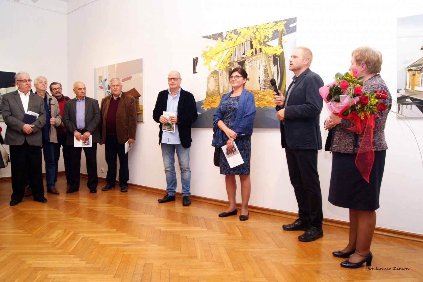 piotr tymochowicz bwa galeria zamojska fot janusz zimon 8 Zamość: Wernisaż wystawy Piotra Tymochowicza