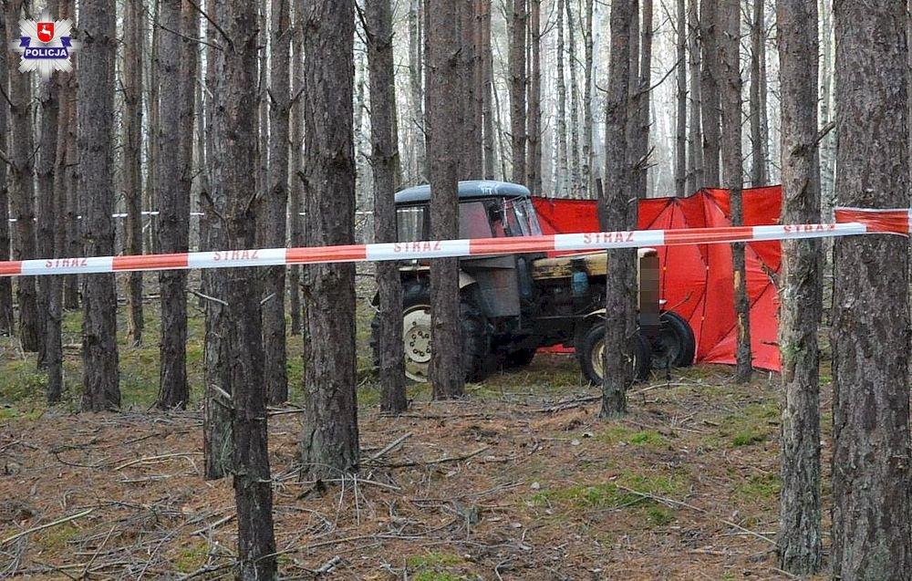 68 158287 Wstrząsające znalezisko. Grzybiarz natrafił w lesie na zwłoki.