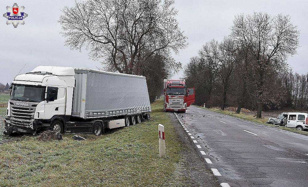 68 158741 Czołowe zderzenie z ciężarówką. 24- latek i 2 - letnia dziewczynka trafili do szpitala