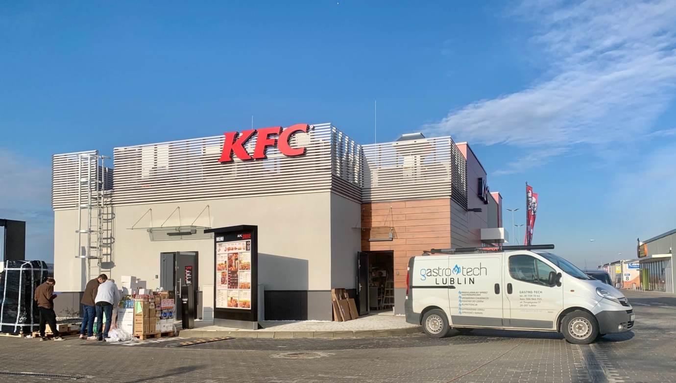 77259990 560136144811303 8499934067708395520 n Restauracja KFC na godzinę przed pierwszym otwarciem (zdjęcia)