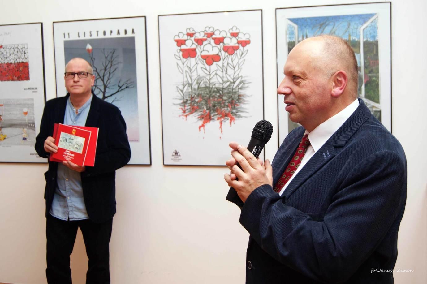 8 11 2019 100 lecie niepodleglosci bwa fot janusz zimon 16 Zamość: Satyryczna wystawa na rocznicę niepodległości [FOTORELACJA]