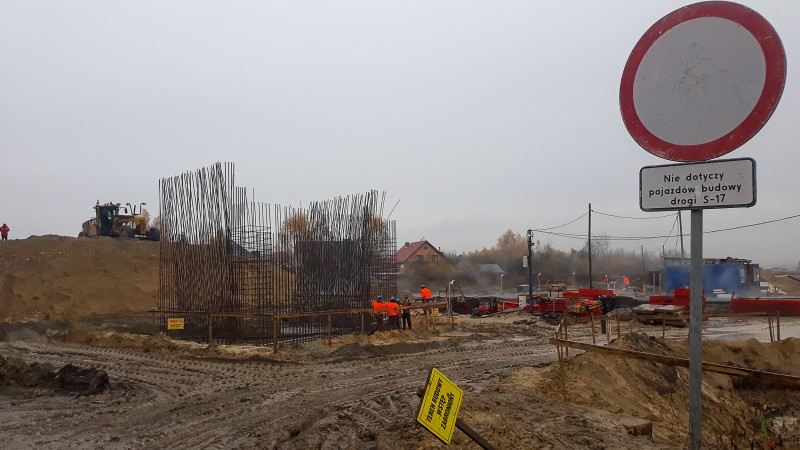 s17obwtomaszowalub 2 3 Postępują prace przy budowie obwodnicy Tomaszowa Lubelskiego [ZOBACZ ZDJĘCIA]