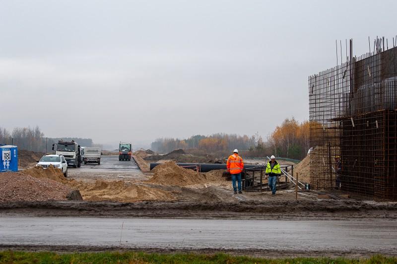 s17obwtomaszowalub 5328 1 Postępują prace przy budowie obwodnicy Tomaszowa Lubelskiego [ZOBACZ ZDJĘCIA]