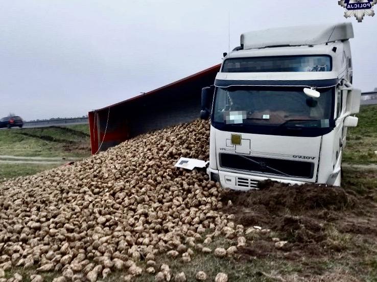68 159963 23-letni kierowca ciężarówki przeholował z prędkością
