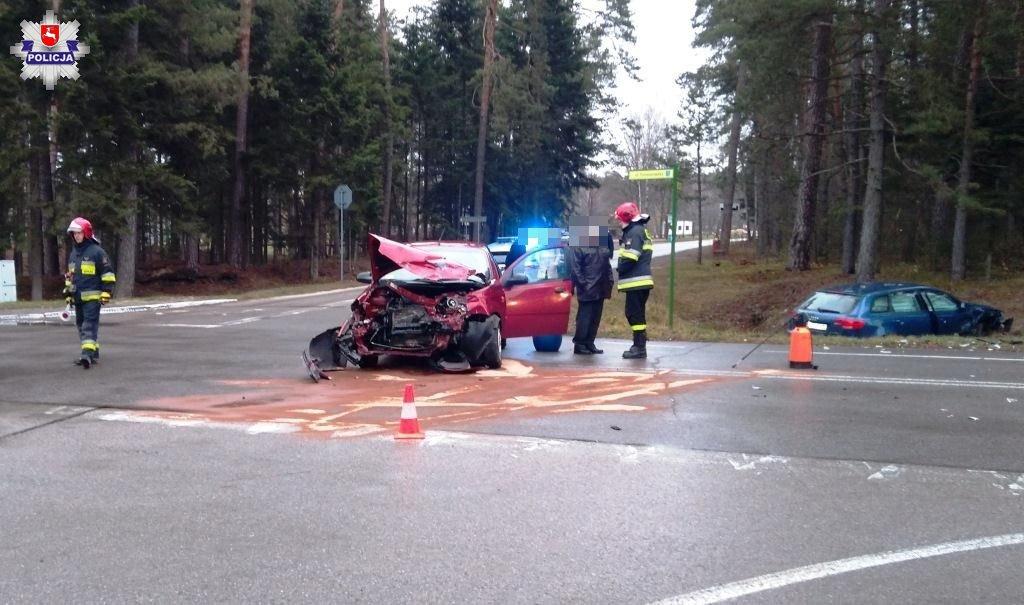 68 160636 Niebezpieczny wypadek na skrzyżowaniu.