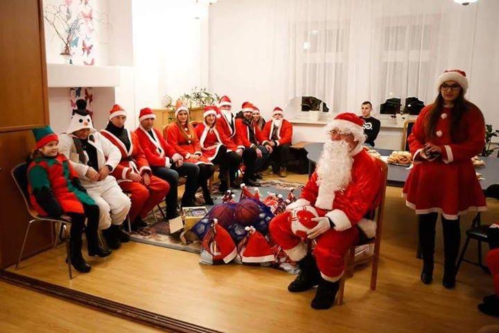 78312050 586778082139450 7194067356056813568 n Szczebrzeszyn: Mikołaje na motorach sprawią radość dzieciom