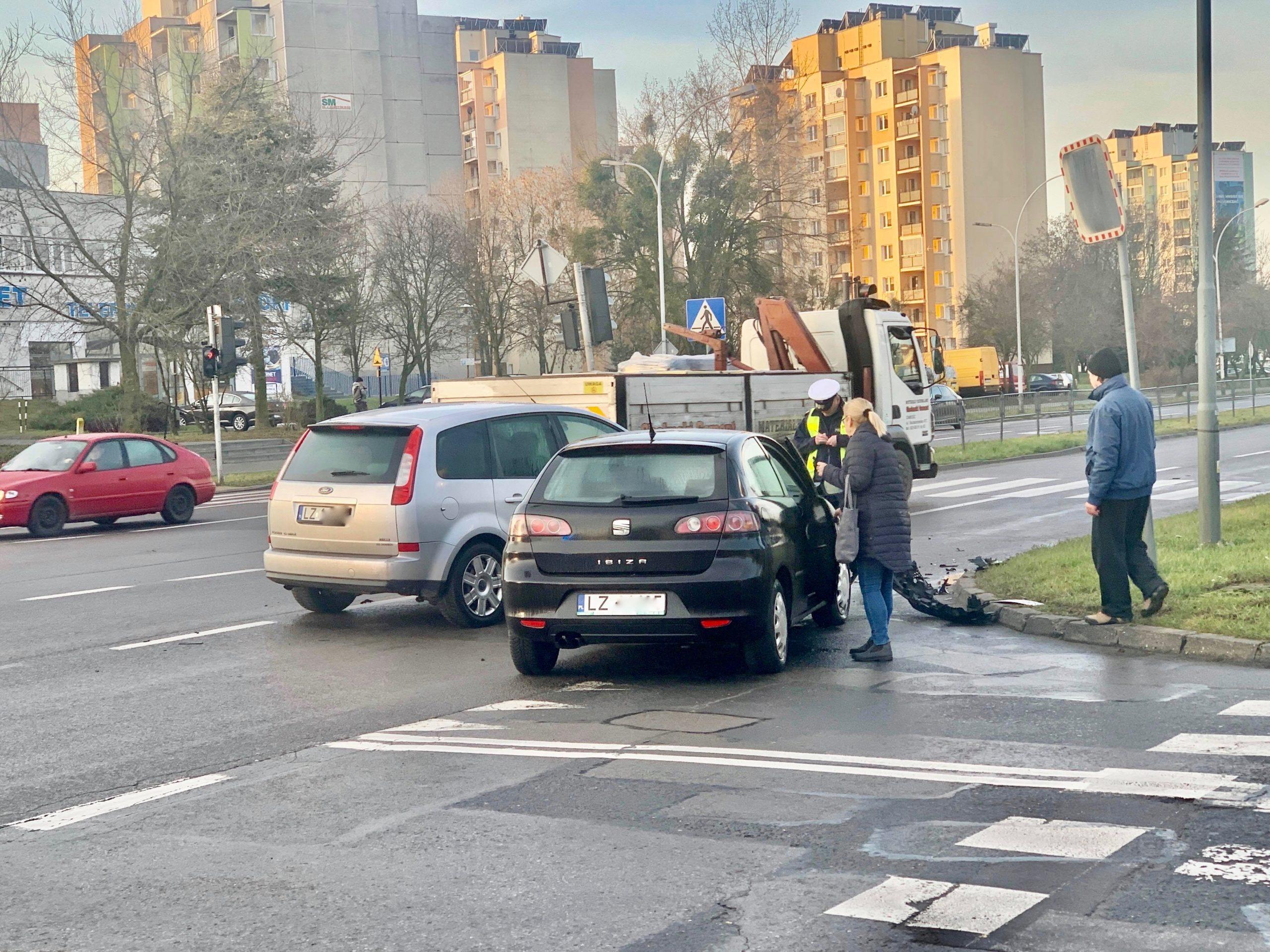 79959982 799396810484177 8478303564433719296 n scaled 1 Z ostatniej chwili: utrudnienia na Wyszyńskiego