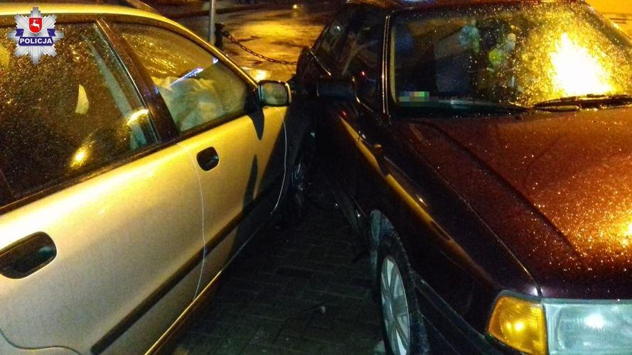 68 161293 16- latek podkradł ojcu auto. Uszkodził dwa samochody i znak drogowy