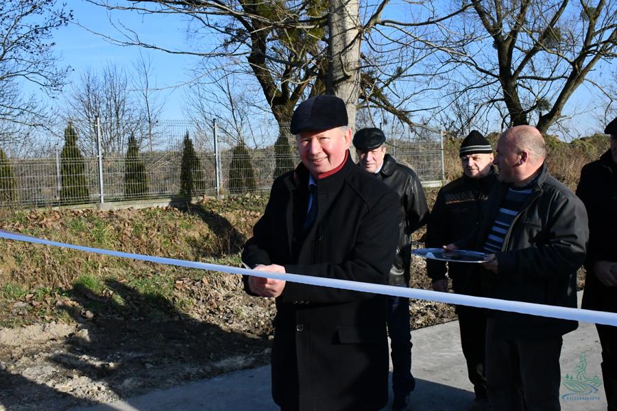 dsc 1103 1 1,3 km nowego asfaltu w gm. Szczebrzeszyn