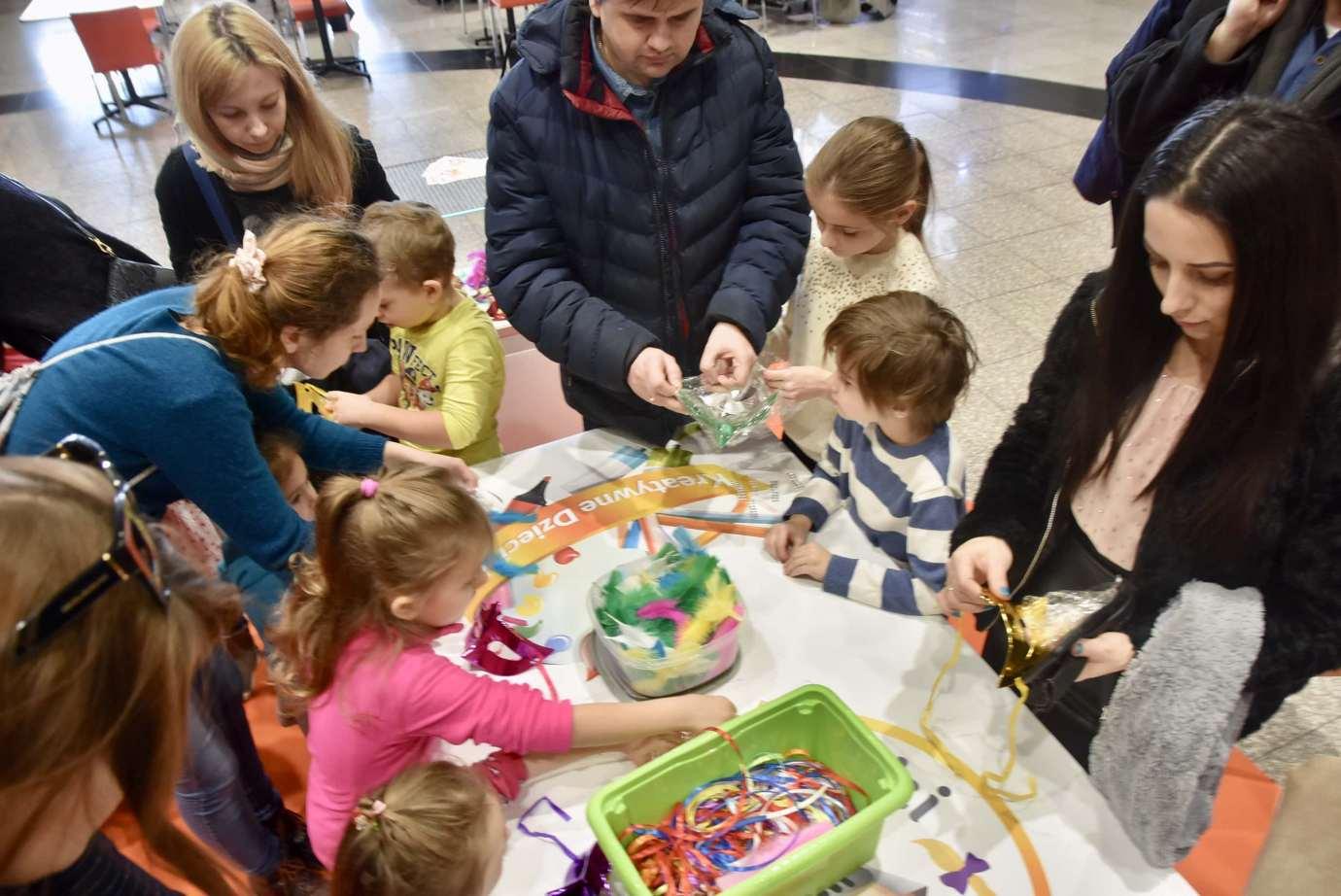 dsc 3909 Zabawa kreatywnych dzieciaków w Galerii Handlowej Twierdza (filmy i zdjęcia)