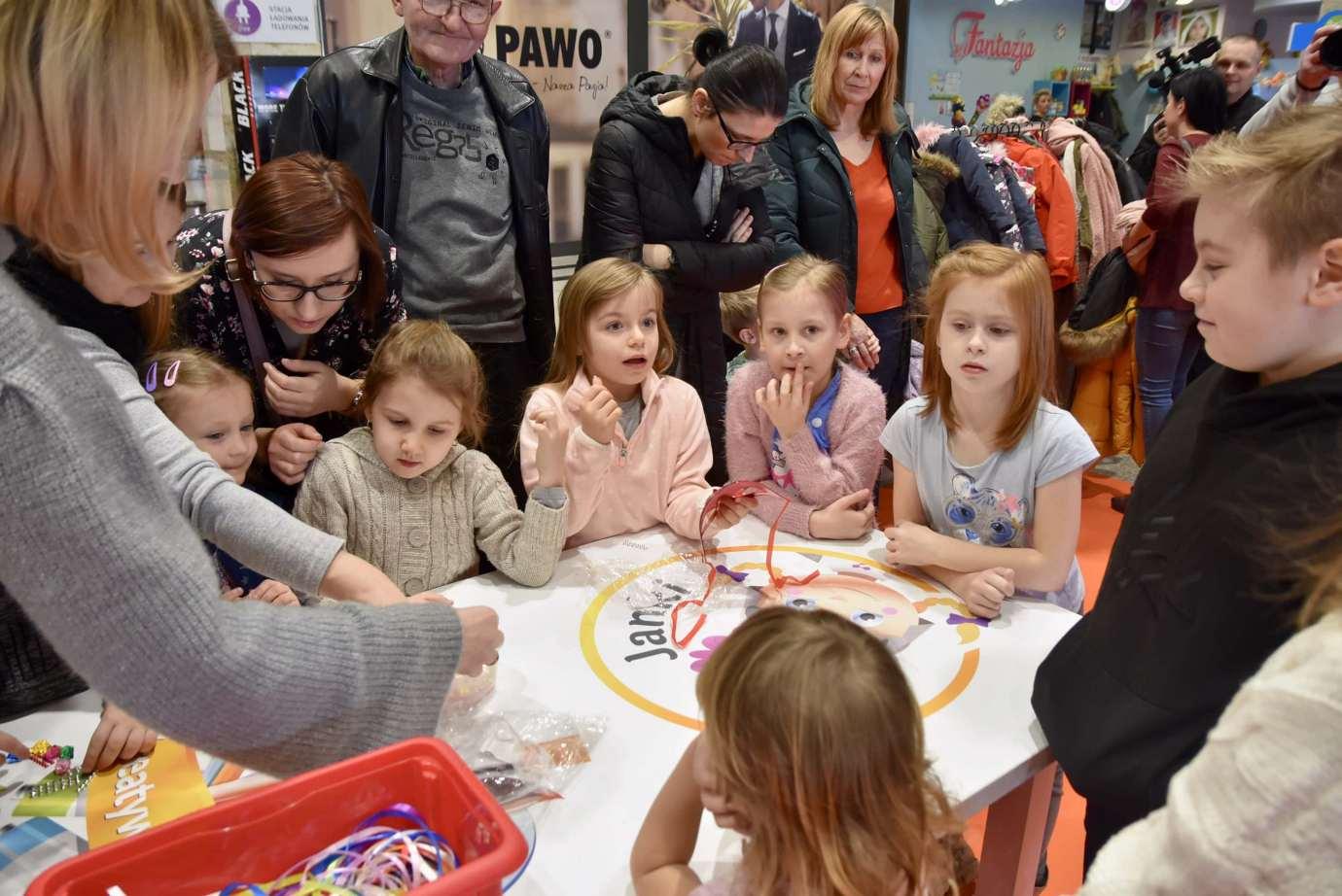 dsc 3910 Zabawa kreatywnych dzieciaków w Galerii Handlowej Twierdza (filmy i zdjęcia)
