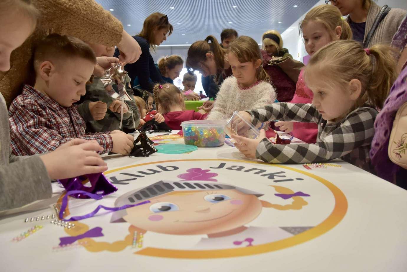 dsc 3920 Zabawa kreatywnych dzieciaków w Galerii Handlowej Twierdza (filmy i zdjęcia)