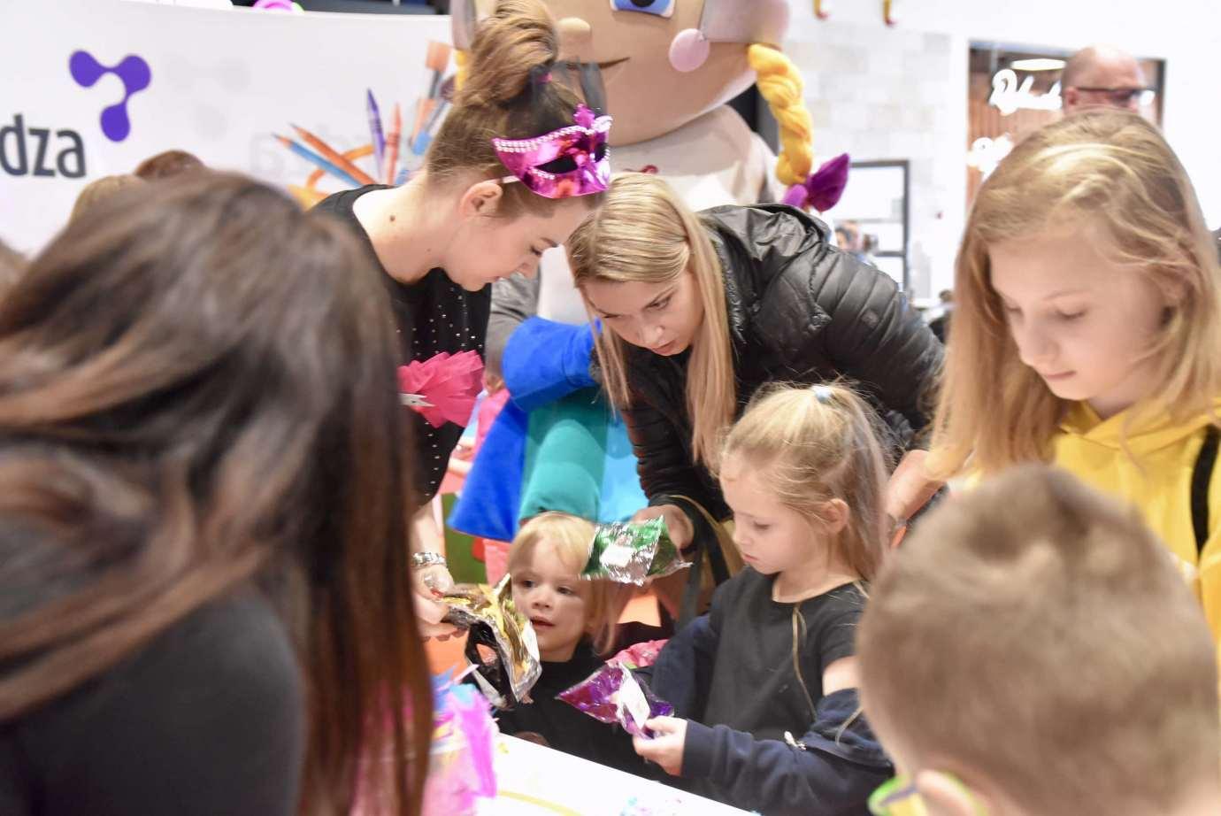 dsc 3923 Zabawa kreatywnych dzieciaków w Galerii Handlowej Twierdza (filmy i zdjęcia)