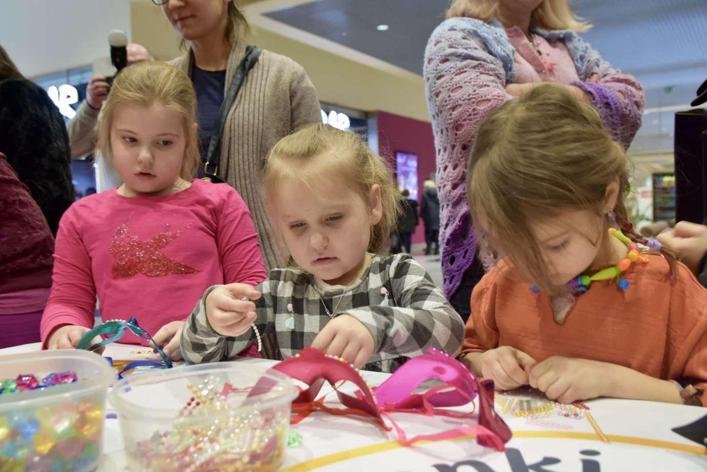 dsc 3926 Zabawa kreatywnych dzieciaków w Galerii Handlowej Twierdza (filmy i zdjęcia)