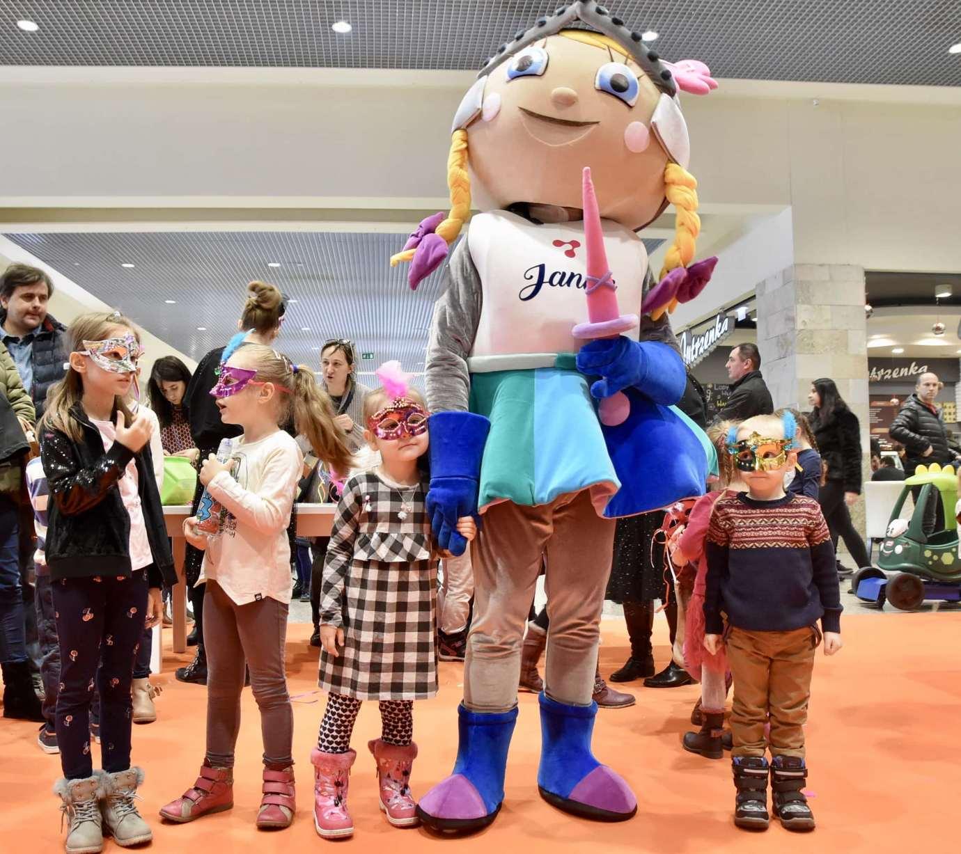 dsc 3970 Zabawa kreatywnych dzieciaków w Galerii Handlowej Twierdza (filmy i zdjęcia)
