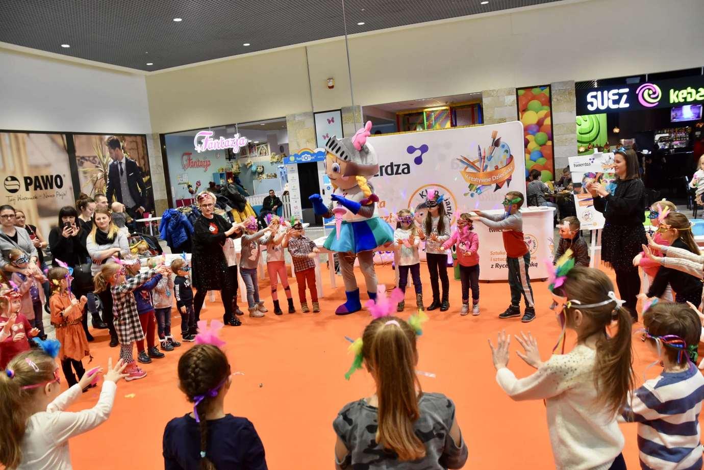 dsc 3975 Zabawa kreatywnych dzieciaków w Galerii Handlowej Twierdza (filmy i zdjęcia)