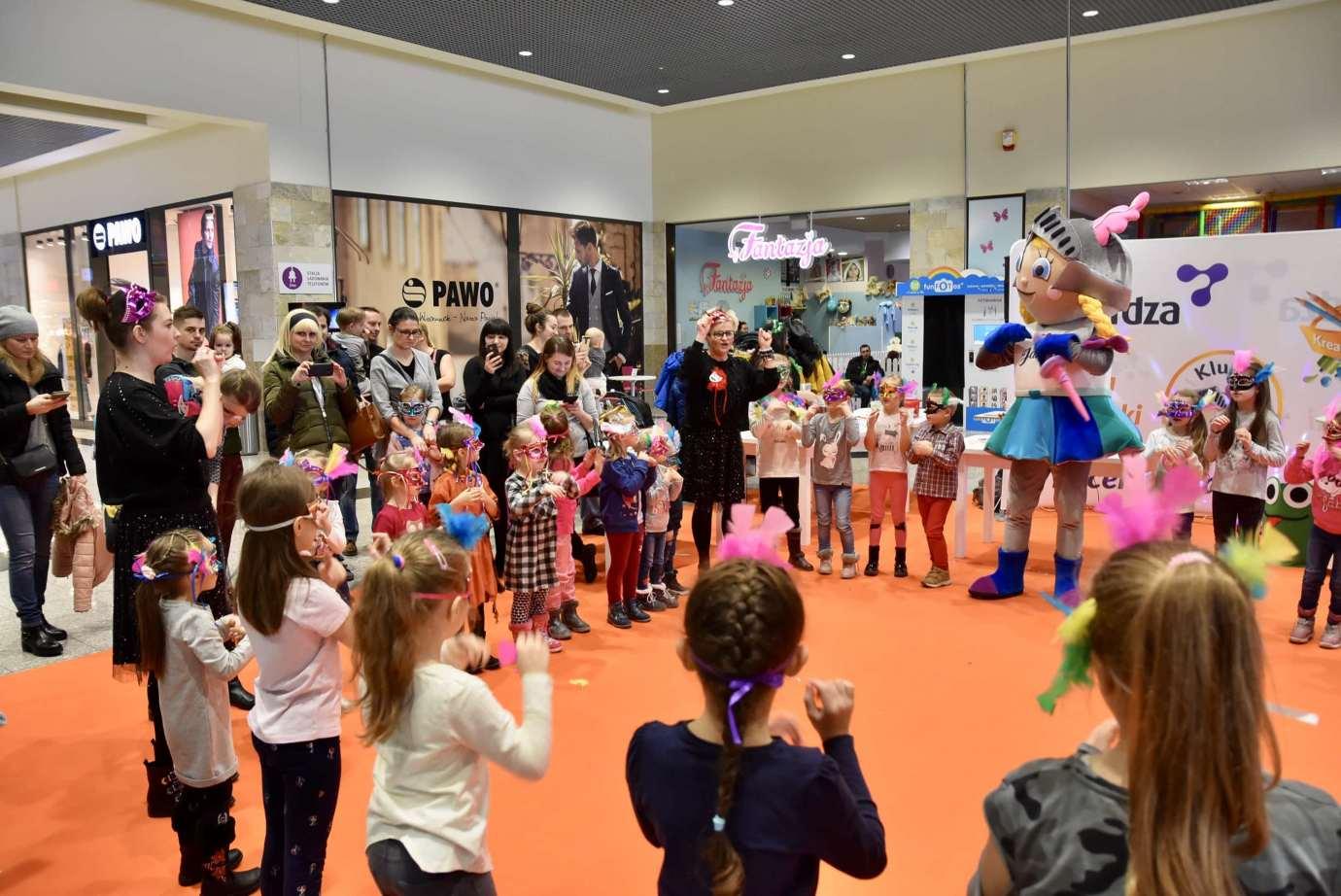 dsc 3976 Zabawa kreatywnych dzieciaków w Galerii Handlowej Twierdza (filmy i zdjęcia)