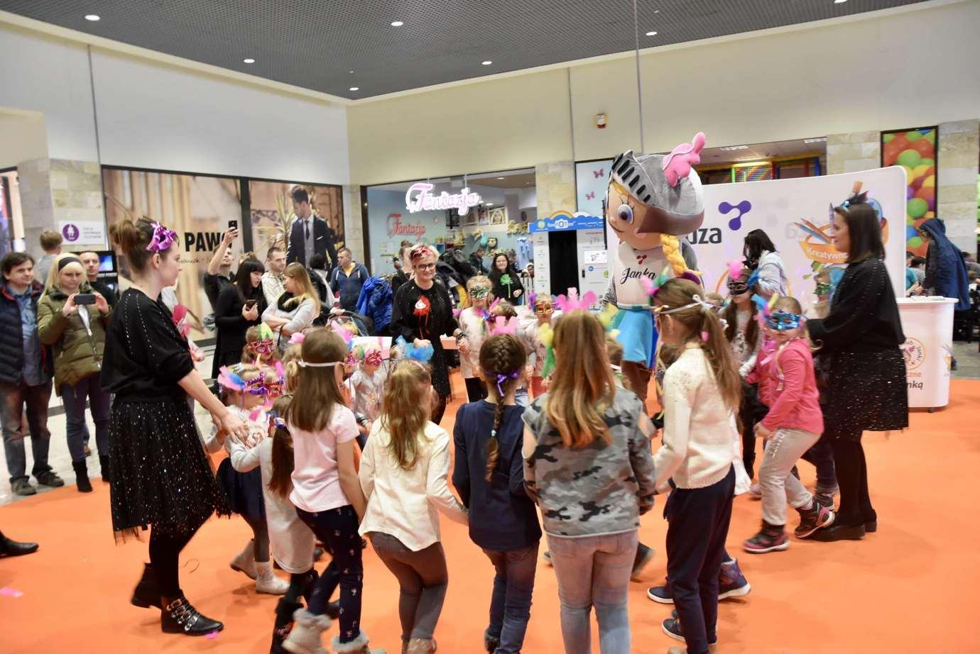 dsc 3978 Zabawa kreatywnych dzieciaków w Galerii Handlowej Twierdza (filmy i zdjęcia)