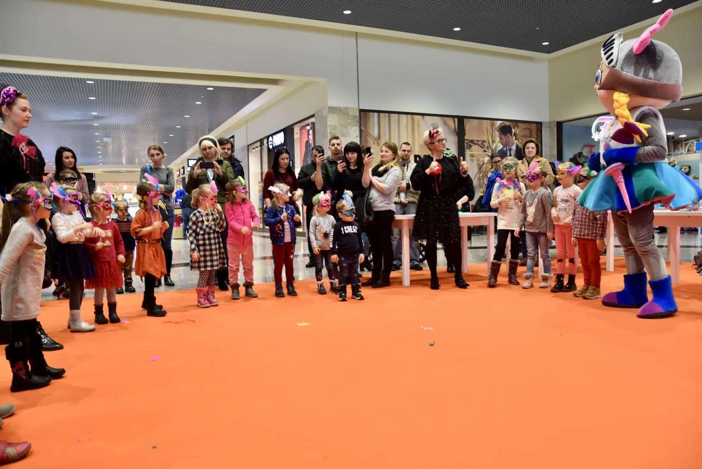 dsc 3983 Zabawa kreatywnych dzieciaków w Galerii Handlowej Twierdza (filmy i zdjęcia)