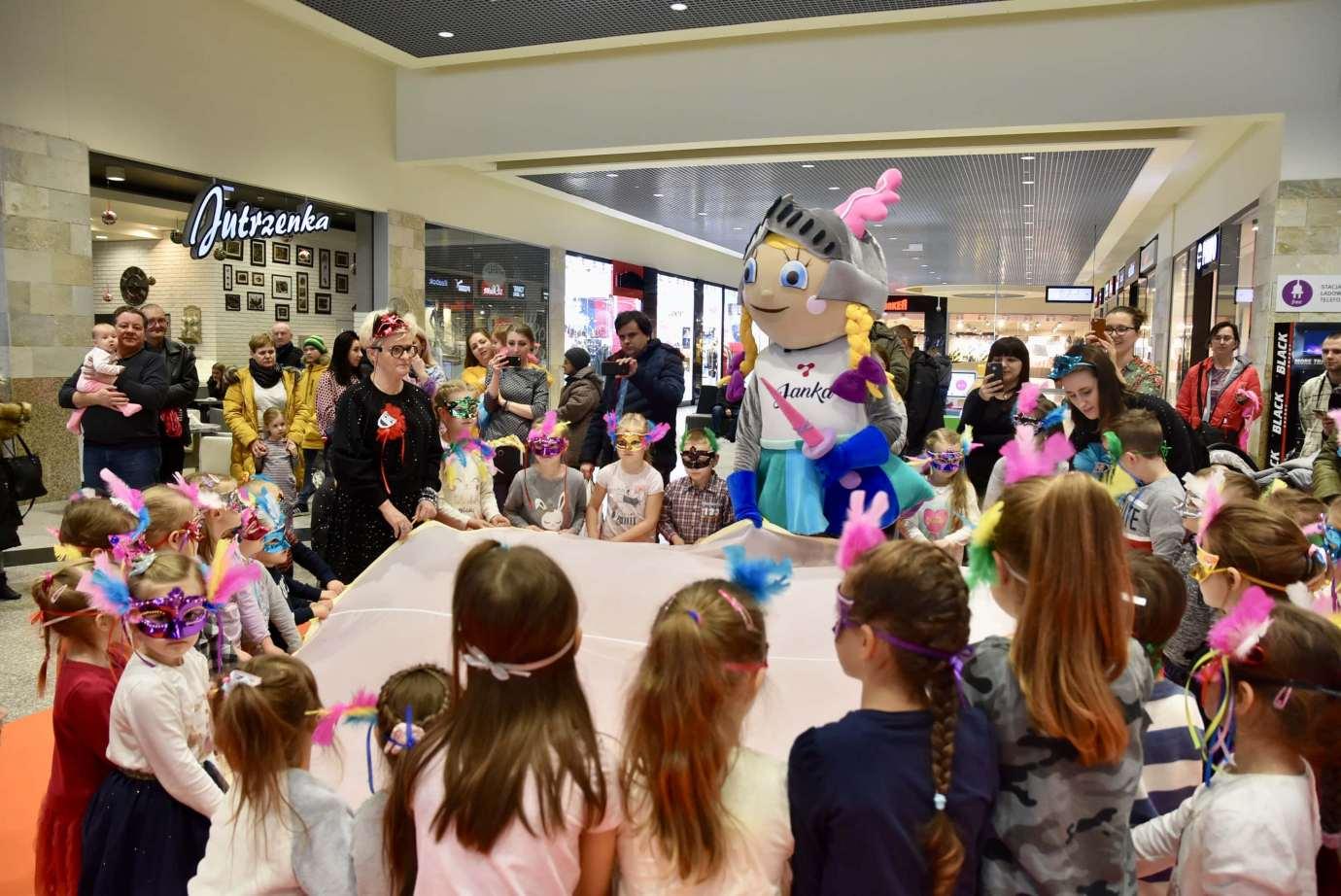 dsc 3993 Zabawa kreatywnych dzieciaków w Galerii Handlowej Twierdza (filmy i zdjęcia)