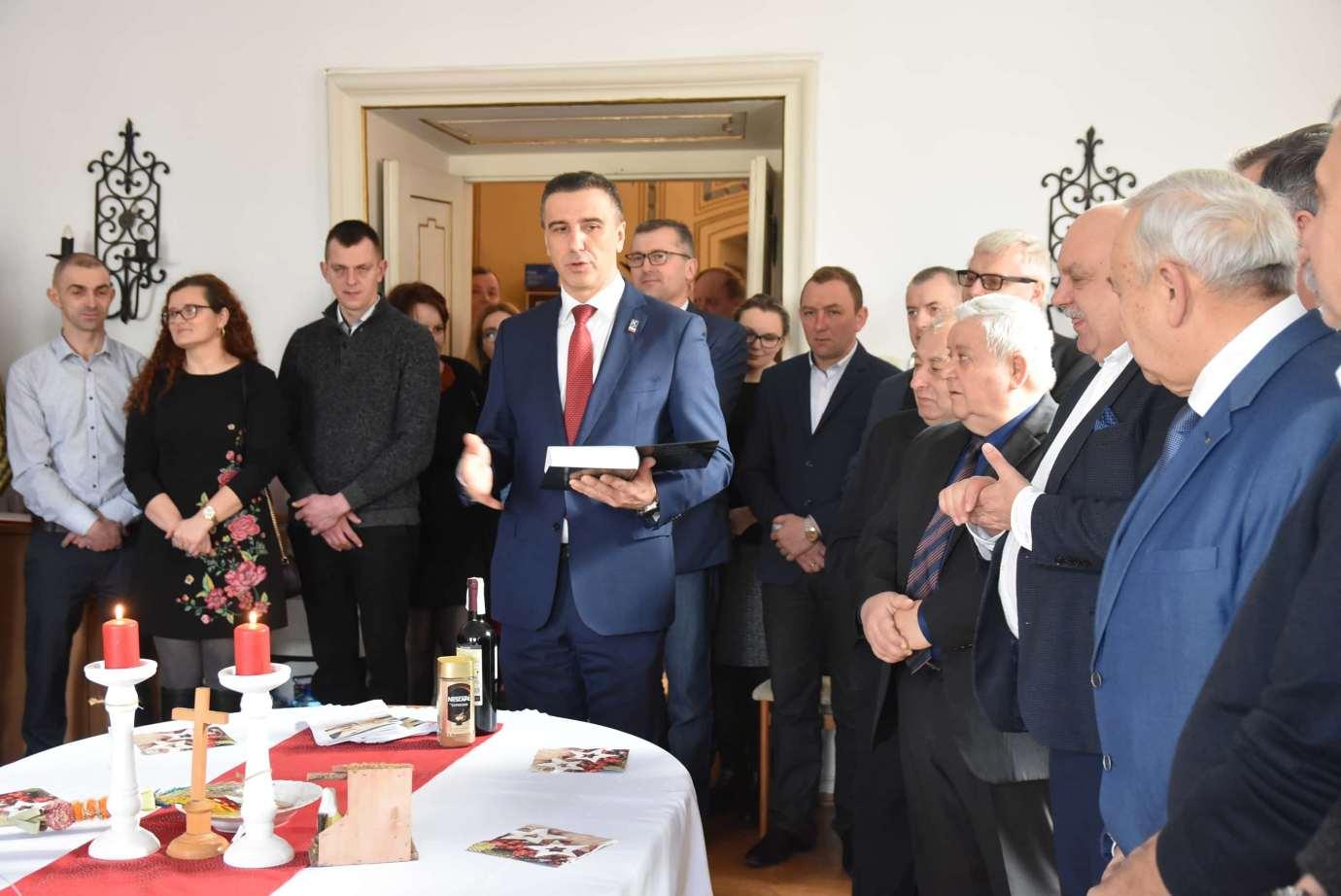 dsc 4024 Zamość: Otwarcie nowego biura poselskiego Jarosława Sachajko. [ZDJĘCIA, FILM]