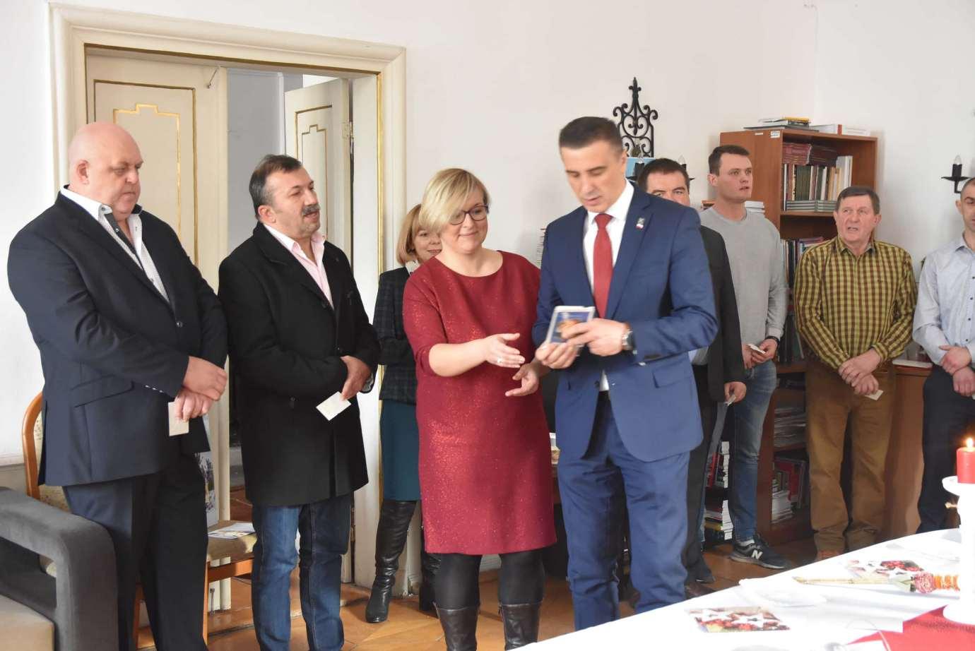 dsc 4032 Zamość: Otwarcie nowego biura poselskiego Jarosława Sachajko. [ZDJĘCIA, FILM]
